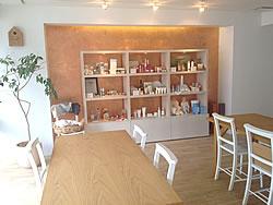 「Organic Beauty Station」はその名の通り、とにかく「Organic」にこだわったサロン。